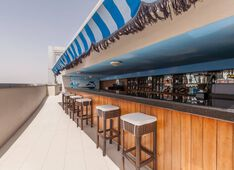 Bar Xennya Terrace Dubai Picture