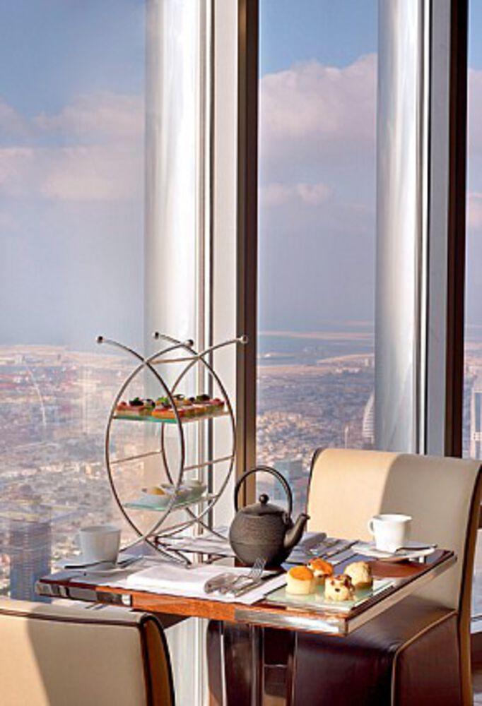Atmosphere Restaurant In Dubai Restaurant In Downtown Dubai Contemporary European Cuisine Things To Do Dubai